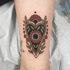 Tattoos on back – Tattoos And Tattoo You, New Tattoos, Tribal Tattoos, Girl Tattoos, Geometric Tattoos, Hand Tattoos, Traditional Tattoo Flowers, Tatuajes Tattoos, Botanical Tattoo