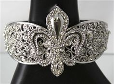 FLOWER DE LIS WITH CRYSTAL BRACELET Crystal Bracelets, Heart Ring, Crystals, Rings, Flowers, Jewelry, Jewlery, Bijoux, Florals