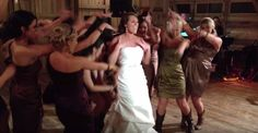 Bride clears the floor for an epic routine the guests never saw coming | SF Globe