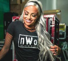 Ladies Of Metal, Wwe Womens, Women's Wrestling, Wwe Wrestlers, Squad, Beautiful Women, Punk, Sport, Lady