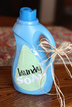 liquid laundry soap - I'm going to make this, but I think I'm going to tweak it just a bit.
