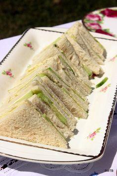 Cucumber Sandwiches at a High Tea Picnic #hightea #picnicsandwich