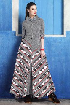 MAIS by Pintel Slim-fit combined sleeveless stretchy by PINTEL Kurti Neck Designs, Dress Neck Designs, Kurti Designs Party Wear, Blouse Designs, Drape Dress Pattern, Elegant Saree, Knee Length Dresses, Indian Dresses, Designer Dresses