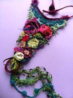 Decor e blablabla: Toh! Un bijoux textile...