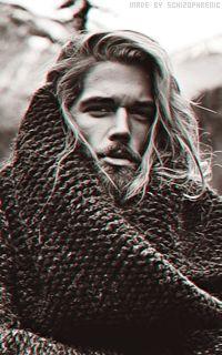 my one True love😉🤣🤣🤣😘😘 Portrait Photo, Female Portrait, Ben Dalhaus, Man Ponytail, Long Hair Beard, Vikings Ragnar, Barefoot Men, Men Photoshoot, Dark Photography