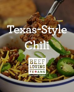 Calling all Texans and Texpats - this Chili will make you feel right at home. Stew Meat Recipes, Onion Recipes, Mexican Food Recipes, Real Food Recipes, Dinner Recipes, Cooking Recipes, Crockpot Recipes, Dinner Ideas, Mango Salsa Recipes