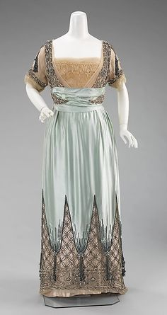 Evening Dress Jean-Philippe Worth, 1910 The Metropolitan Museum... - OMG that dress!