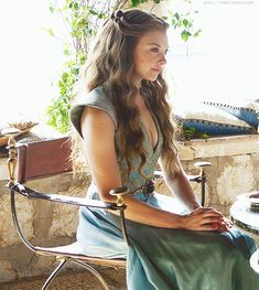 Like danaerys from Game of Thrones