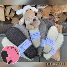 Ganz frische Ware 💚  Ab sofort bekommt ihr bei uns handgefertigte Schafwoll- Schuheinlagen für wohlig warme Füße. Ein wertvolles Naturprodukt aus unserer schönen Region 💚 Bald auch online erhältlich.