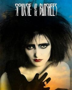 The Godmother of Goth: 40 Vintage Photos That Show the Classic Goth Look of Siouxsie Sioux From British Punk Siouxsie Sioux, Siouxsie & The Banshees, 80s Goth, Punk Goth, Grunge Goth, Punk Makeup, Steampunk, British Punk, Goth Look