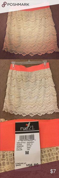 Rue 21 Skirt Beige Rue 21 skirt with coral waistline. Lacey material on beige part, elastic on waistband. Can be worn semi-high waisted. Still has tags. Rue 21 Skirts Mini