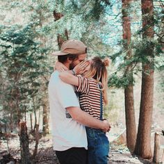 couple in love kissing in the woods lifestyle portrait photography Love Is In The Air, This Is Love, Photo Couple, Young Love, Lovey Dovey, Hopeless Romantic, Couple Pictures, Couple Photography, Engagement Photos