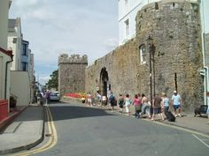 Fortified town wall in Tenby