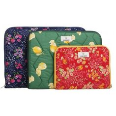 The Keto-laptop sleeves are made of padded vintage fabrics that have lived their previous lives as curtains, tablecloths or other home textiles by Globe Hope.