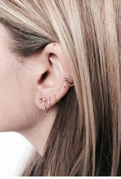 Minimal earrings by fashionology