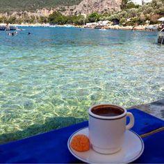 Ksş'tan günaydın✋ Kahvenizi nasıl alırdınız? www.kucukoteller.com.tr/kas-otelleri.html?utm_content=buffer6ec93&utm_medium=social&utm_source=pinterest.com&utm_campaign=buffer #kas #antalya #kahve #keyfi foto @ aktug