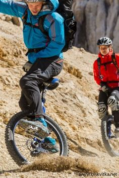 Extreme mountain unicycling » Biskvitka.net