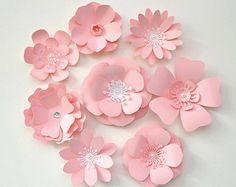 8 pcs. 2-Color Matte Cardstock Paper Flowers от TracesofPearl
