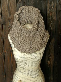 Cozy winter scarf https://www.etsy.com/listing/254476674/chunky-oatmeal-cowl-taupe-scarf-big-knit
