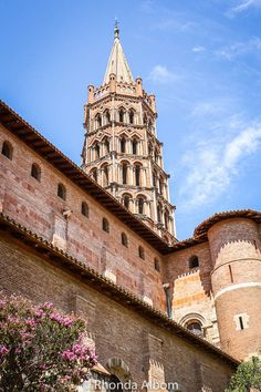 An inside look at the Basilica of St. Sernin in Toulouse, France. Beautiful Places To Travel, Best Places To Travel, Romanesque Sculpture, Saint Sernin, France Destinations, Day Trip From Paris, Toulouse France, Romanesque Architecture, Couples Vacation