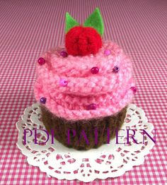Cupcake KNITTING PATTERN Cupcake Amigurumi Food by LiliaCraftParty