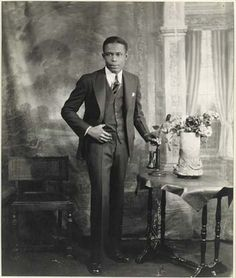 Studio Portrait of Young Man with Telephone by James VanDerZee. Search the Smithsonian American Art museum collection, one of the world's largest and most inclusive collections of art made in the United States. African American Artwork, African American History, African Art, James Van Der Zee, Romare Bearden, Alfred Stieglitz, Harlem Renaissance, Studio Portraits, Phuket
