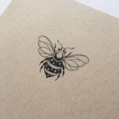 Ground control to Major Bee ✨ : Illustration Line Art Tattoos, Line Work Tattoo, Mini Tattoos, Tattoo Drawings, Small Tattoos, Pretty Tattoos, Cute Tattoos, Leg Tattoos, Tatoos