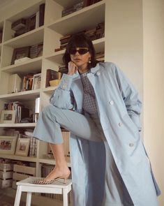 9 Light Blue Outfits You Can Wear on Repeat This Summer Blue Trousers Outfit, Grey Outfit, Trench Coat Outfit, Blue Trench Coat, 30 Outfits, Blue Outfits, Poses, Grey Bomber Jacket, Cargo Jacket