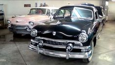 1951 Ford 2-Door Sedan Flathead V8 – Shoebox. This is a very nice looking classic country car – Shoebox 1951 Ford 2-door sedan. This vehicle has a nice and smooth black color on it combined with some nice chrome wheels.