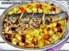 Baked sea bass with thyme and lemon Seafood Dishes, Fish And Seafood, Baked Sea Bass, Carne, Pasta Salad, Quiche, Food And Drink, Yummy Food, Meals