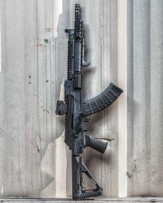 242 отметок «Нравится», 4 комментариев — FNG Precision Coatings (@fng_precision_coatings) в Instagram: « @Regrann from @meridian_defense -  The VOLK in Magpul Stealth Grey! Modernization of the AK…»