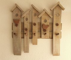 Primitive Rustic Reclaimed Pallet Entryway,Wood Birdhouses Coat Rack, Hat Rack, Bathroom Towel Holder ,Kids Room Hanger Country Home Decor Rustic Wood Crafts, Primitive Wood Crafts, Primitive Homes, Wooden Crafts, Bathroom Towel Decor, Towel Holder Bathroom, Farmhouse Storage Cabinets, Palette Deco, Rustic Coat Rack