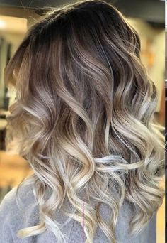 40 Relaxing Fall Hair Color Ideas For 2019 Trends 40 … – dünne haare Hair Color Balayage, Hair Highlights, Balayage Brunette, Balayage Bob, Blonde Ombre, Cabelo Ombre Hair, Summer Hair Color For Brunettes, Brown Ombre Hair, Brunette Color