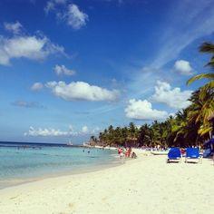 Summer summer summer at dominicus beach resort! ♡