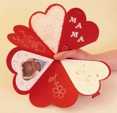 Játékos tanulás és kreativitás: Anyák napi ajándékötletek Mothers Day Crafts, Valentine Day Crafts, Valentines, Fun Crafts, Arts And Crafts, Mother And Father, Scrapbook, Fathers Day, Art For Kids