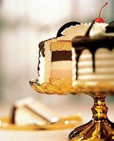Neapolitan Ice Cream Cake Recipe - SWEETS AND DESSERTS - Corriere della Sera