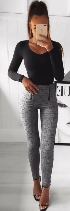 51 Of The Best Spring Outfit Ideas To Make You Look Amazing https://www.ecstasymodels.blog/2018/02/07/51-best-spring-outfit-ideas/?utm_campaign=coschedule&utm_source=pinterest&utm_medium=Ecstasy%20Models%20-%20Womens%20Fashion%20and%20Streetstyle&utm_content=51%20Of%20The%20Best%20Spring%20Outfit%20Ideas%20To%20Make%20You%20Look%20Amazing