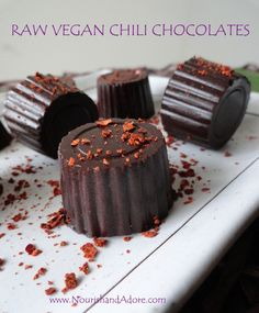 raw-Vegan- chili-chocolates-