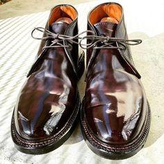 2017/12/28 18:41:52 kta74 年末の靴磨き #alden #aldenshoes #aldenarmy #cordovan #horweenleather #shellcordovan #オールデン #靴磨き Cordovan Shoes, Alden Cordovan, Sock Shoes, Shoe Boots, Alden Boots, Leather Men, Leather Shoes, Jungle Boots, Formal Men Outfit