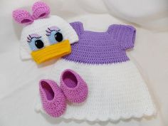 Daisy Duck Inspired Costume/Daisy Duck Hat/ Daisy Duck Costume Available in Newborn to 12 Month Size Baby Girl Crochet, Crochet Baby Clothes, Newborn Crochet, Baby Clothes Patterns, Baby Knitting Patterns, Crochet Patterns, Baby Hut, Baby Kostüm, Daisy Duck