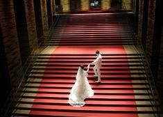 ロマンティックで美しい一枚が残せる。結婚式場の《階段》で撮るウェディングフォトまとめ*