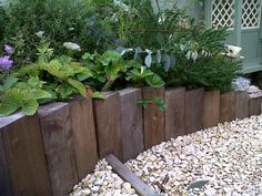 Cheap, creative and modern garden edging ideas for flowers beds and slopes from timber, wood, stone, curved or DIY lawn edging ideas for vegetables. Timber Garden Edging, Lawn Edging, Wooden Garden Borders, Landscape Timber Edging, Brick Garden, Sleepers In Garden, Raised Garden Beds, Raised Beds Sleepers, Landscaping With Rocks