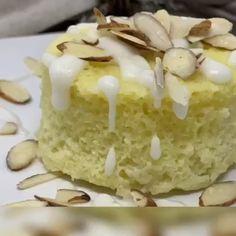 Keto Lemon Mug Cakes - Desserts Low Carb Desserts, Easy Desserts, Low Carb Recipes, Mug Cakes, Atkins, Whole30, Lemon Mug Cake, Mousse, Cake Recipes