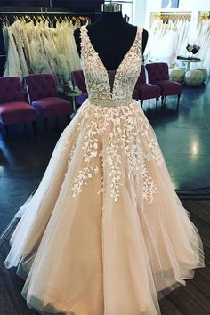 Pretty V-neck Lace Up Open Back Lace Beading Ball Gown Princess Prom Dresses Z0744