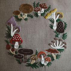 mushroom wreath by yumiko higuchi ミセス10月号連載より