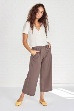 6b4a094979f8 AMADI Wide Leg Crop Pant (Olive) – Crop Pants – Amour Vert