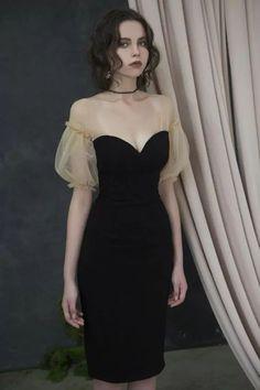 Kleider Little Black Dress Short Homecoming Dress Little Black Dress Outfit, Black Dress Outfits, Dress Black, Little Black Dresses, Classy Black Dress, Dress Casual, Pretty Dresses, Beautiful Dresses, Elegant Dresses
