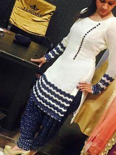 Very creative and stylish neckline design (easy way) - CrochetingNeedles. Chudidhar Designs, Chudi Neck Designs, Salwar Neck Designs, Neck Designs For Suits, Kurta Neck Design, Neckline Designs, Kurta Designs Women, Blouse Neck Designs, Indian Designer Suits