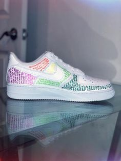 Custom hand drawn by Leah for you. Features multicolour around all panels … Custom hand drawn by Leah for you. Features multicolour around all panels OJO DE DIOS 2019 Custom Painted Shoes, Custom Shoes, On Shoes, Me Too Shoes, Souliers Nike, Basket Style, Custom Af1, Nike Shoes Air Force, Nike Tennis