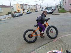 Girl fits on Fat Bike #fatbike #bicycle